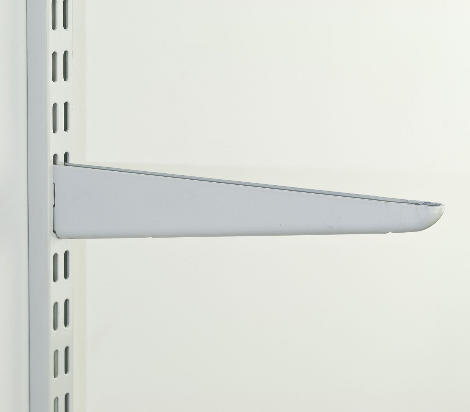 Twin Slot Shelving Shelf Brackets Uprights Flexible