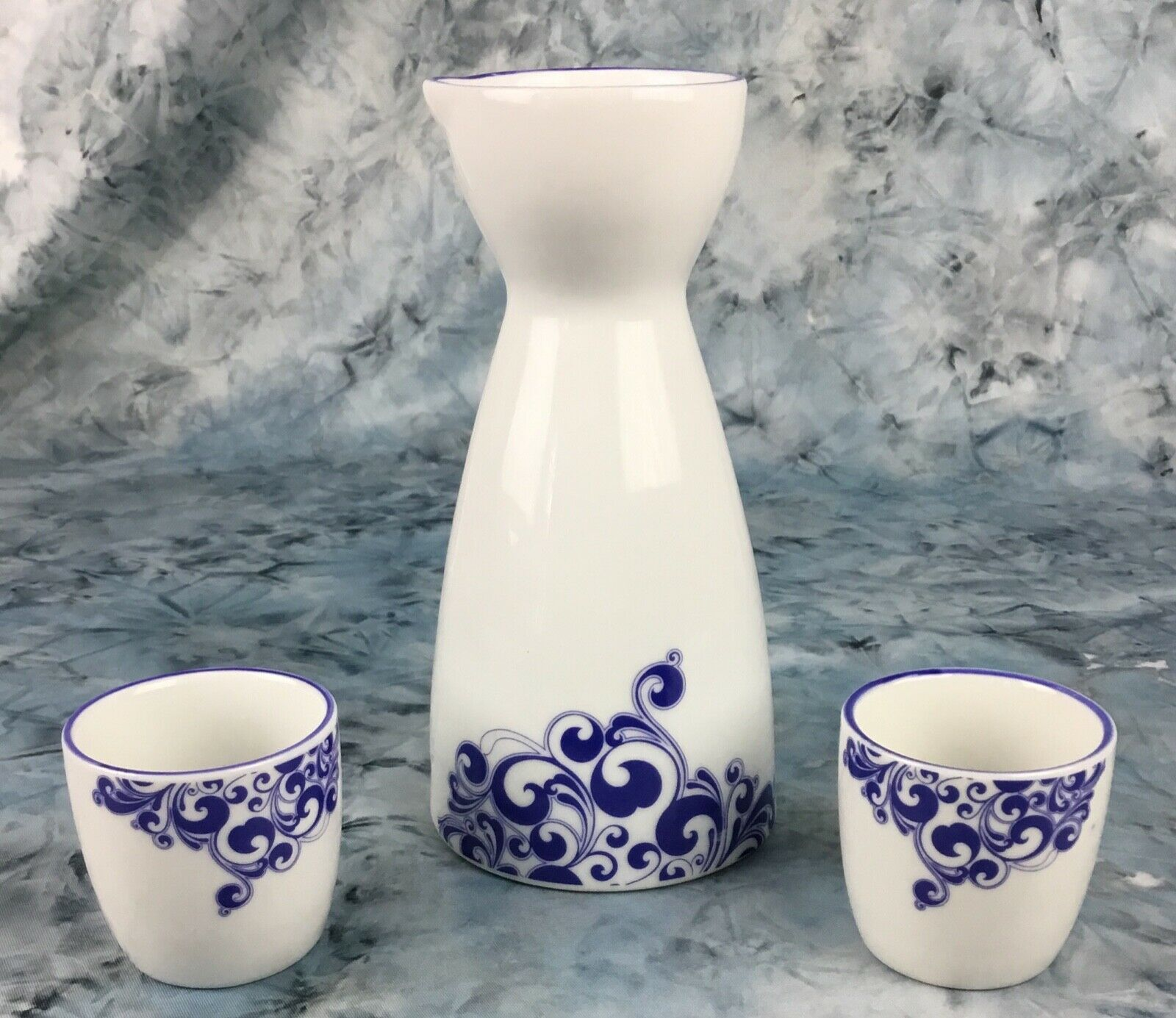 Fine Porcelain Hand Painted Sake Set White, Blue Bottle W /2 Cups  - $10.50