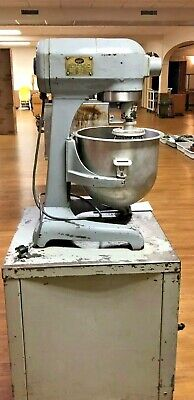 Hobart 20 Quart Mixer Model A200 With Bowl And Whisk Works Great