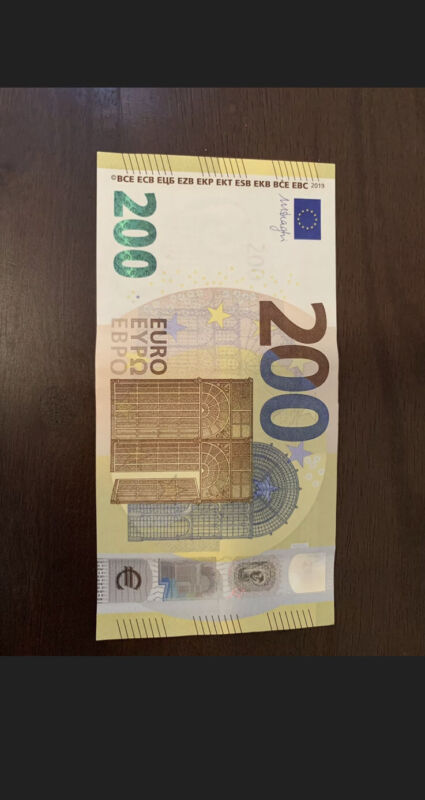 200 Euro 2019 Italy + European Union Banknote. 200 Euros Single Bill. Cir Note Z