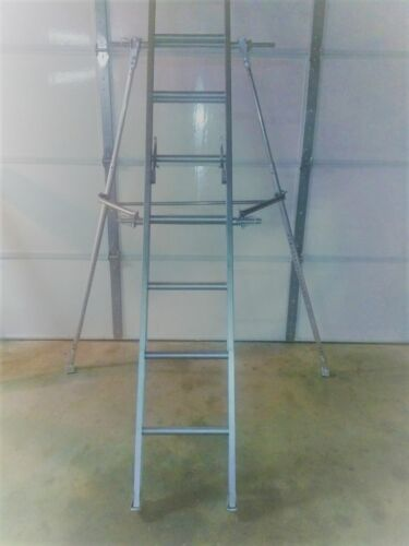 """ALL-IN-ONE"" LADDER STABILIZER/LEVELER - K4"
