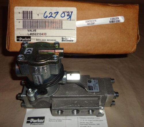 Parker L4852310453 Directional Spool Valve Electric Solenoid 120VAC NEW