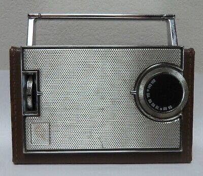 General Electric GE P-810B AM transistor radio vintage 1963