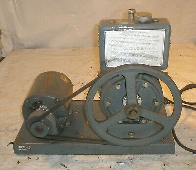 Welch Scientific Duo Seal Vacuum Pump Ge A-c Motor Hp 13 Rpm 1725