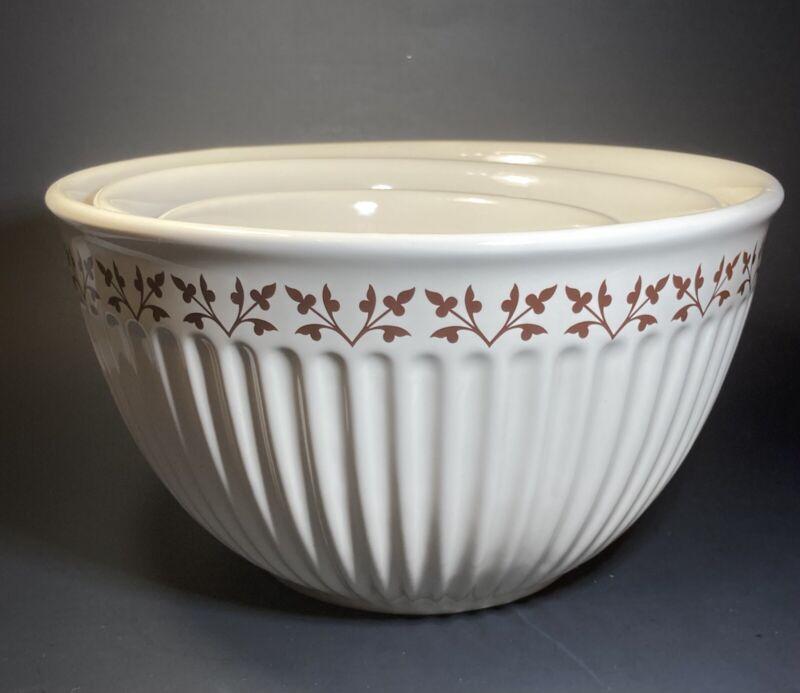 Set Of (3) Paula Deen Stoneware Cream Colored Mixing Bowls (1,2,3 Quart)