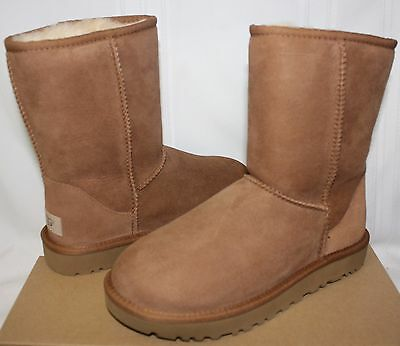 (UGG Women's Classic Short II 2 Chestnut Suede boots 1016223 New With Box!)