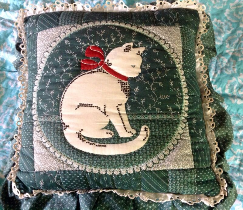 VtG Kitty Cat Embroidered Red Bow Eyelet Edge Ruffle Throw Pillow *WoW*