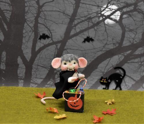 "Needle Felted Halloween ""Vampire"" Mouse!"