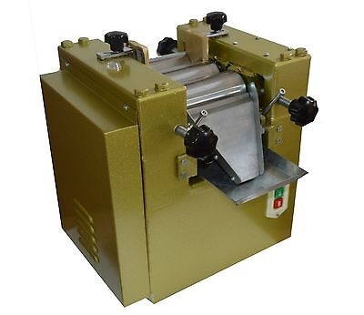 S65 Three Roll Grinding Mill Machine 3-Roll Grinder for Lab Applications 220V for sale  China