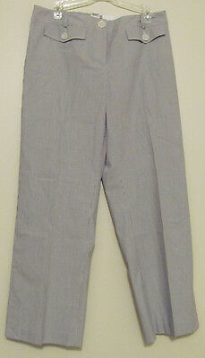 New NWT Womens Ann Taylor Loft Cropped Petites  Stretch striped pants. Size 2P
