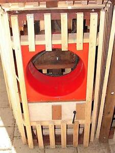 CRAY POT W/WEIGHTS/FLOATS/ROPES  3/4 SIZE Safety Bay Rockingham Area Preview