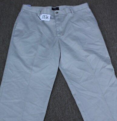 DOCKERS CLASSIC FIT KHAKI Pants for Men W38 X L30. TAG NO. 183e