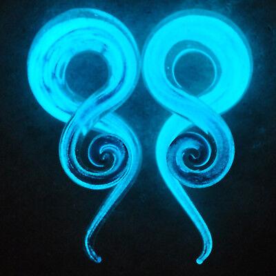 1 Pair Glow in the Dark Glass Pyrex Twist Ear Gauges Hangers Tapers Plugs - Glow In The Dark Ears