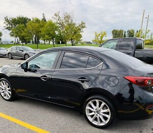 2016 Mazda 3 GT Reprise de Location-Lease Takeover with Extras