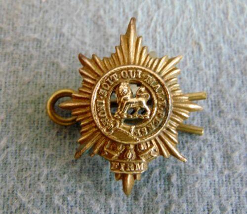 WWI Honi Soit Qui Mal Y Pense Cap Badge With Lion Passant in Star