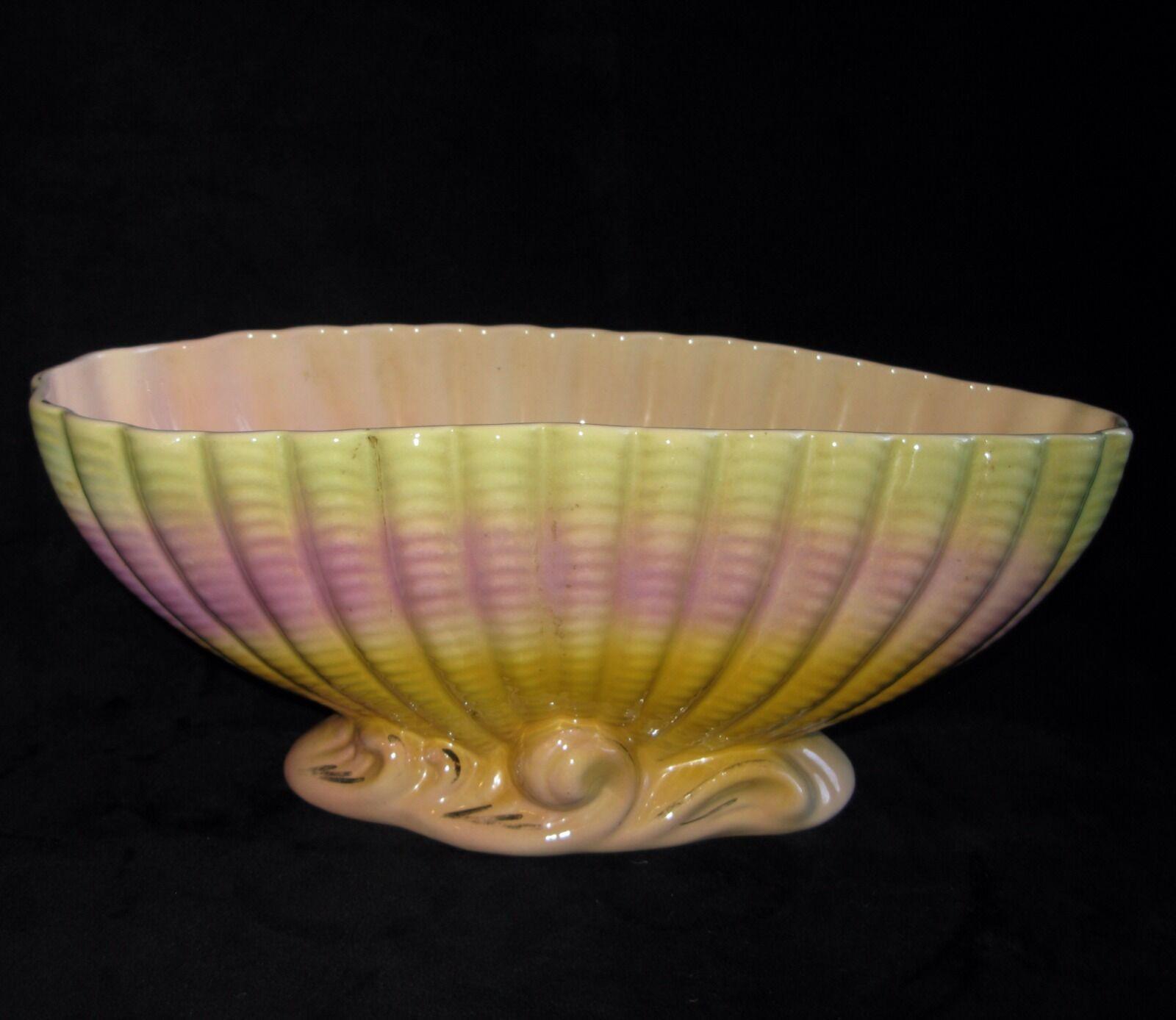large vintage australian lustre pottery vase marked v 103 aud picclick au. Black Bedroom Furniture Sets. Home Design Ideas