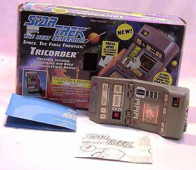 Playmates Star Trek The Next Generation Tricorder in Original Box!
