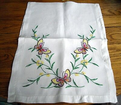 (Vintage Dresser Scarf Table Runner White Silky-Linen w/ Butterflies & Flowers ~ )