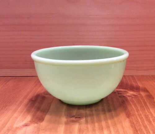 "VINTAGE FIRE KING JADE GREEN 4-3/4"" BOWL #36"