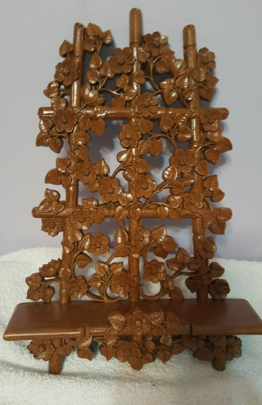 """Vintage 1984 HOMCO 14"""" Brown Faux Bamboo Wood and Clematis Shelf"""
