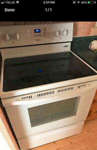 Like New condition Whirlpool STOVE perfect working DELIVER