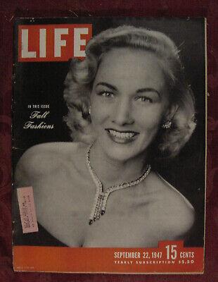 LIFE Magazine September 22 1947 Fall Fashions Ghosts Homing Pigeons Alida Valli