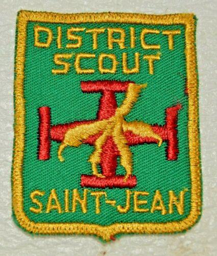 SAINT-JEAN DISTRICT Cut Edge Shield Boy Scout Uniform Badge Canadian (ASCS4E)