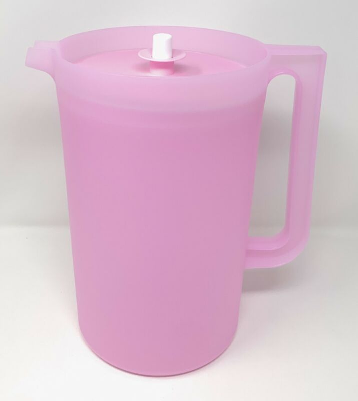Tupperware Classic 1 Gallon Pink Pitcher with Push Button Seal NEW