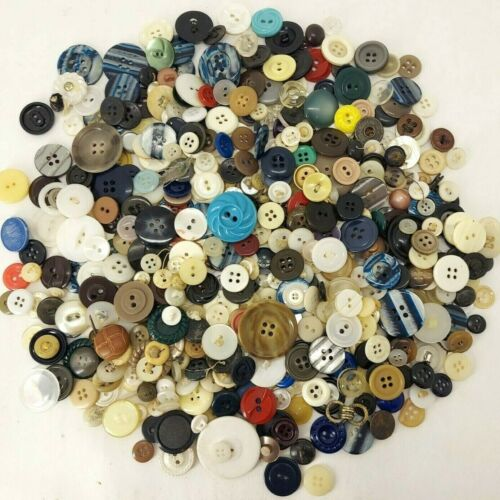 300+ MIXED LOT of OLD VINTAGE Buttons ALL TYPES & SIZES Great Estate Lot P2