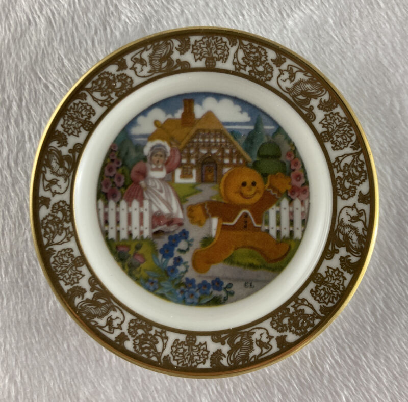 THE GINGERBREAD BOY Mini Plate The Best Loved Fairy Tales Carol Lawson Franklin