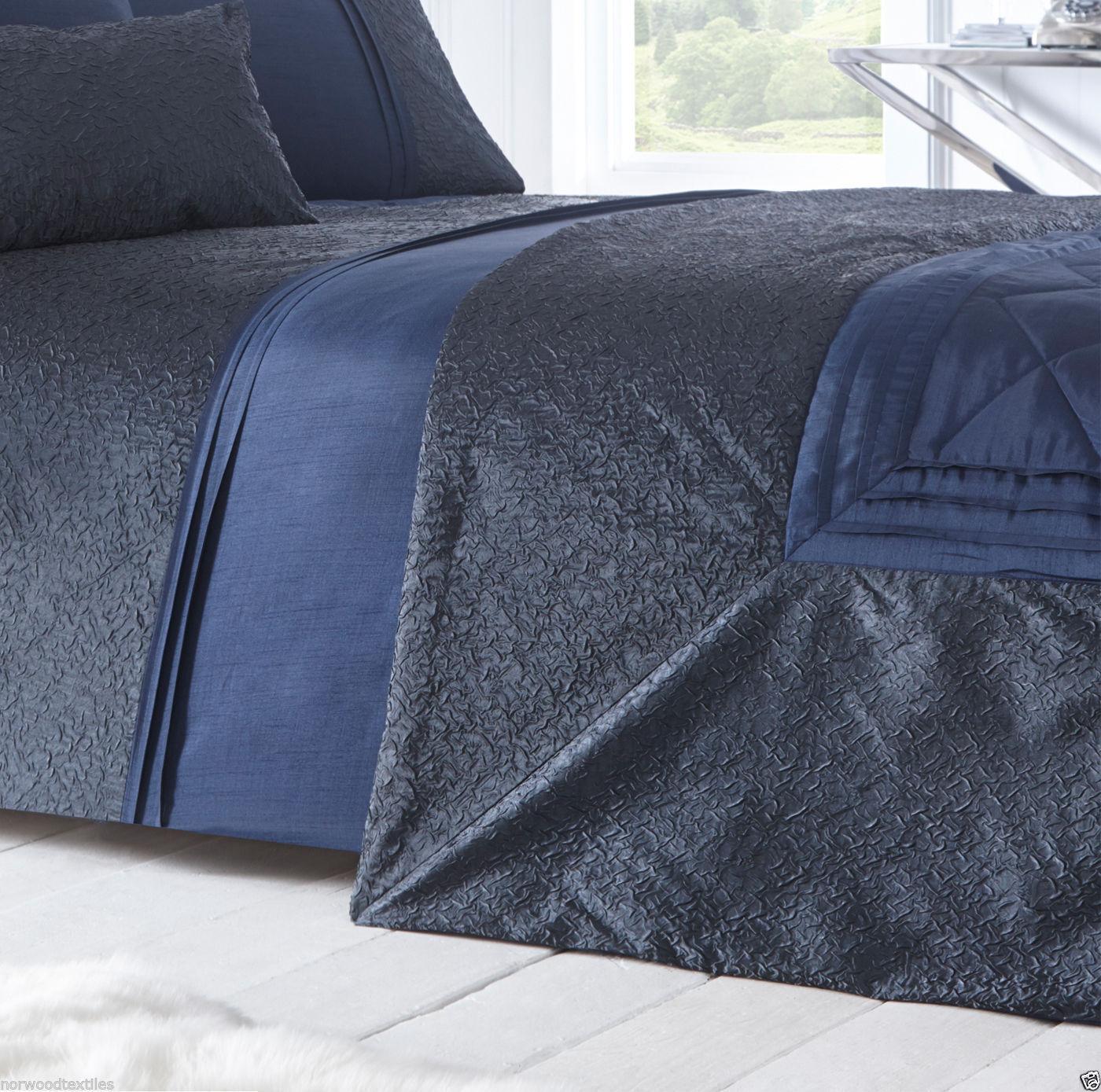 Lavelle Shimmer Crinkle Border Faux Silk Duvet//Quilt Cover Set Bedding Range
