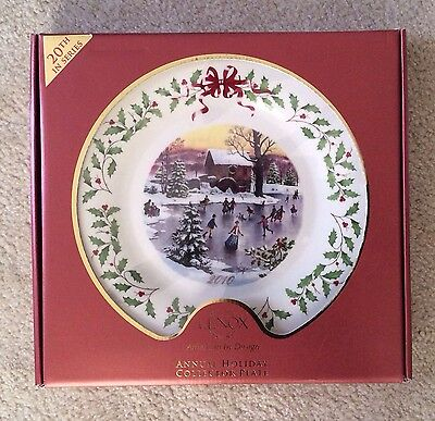 Lenox 2010 Annual Holiday Christmas Collector Plate Holoday Skaters New In Box