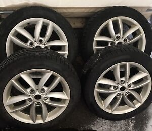 Snow tires and rims for MINI Countryman S