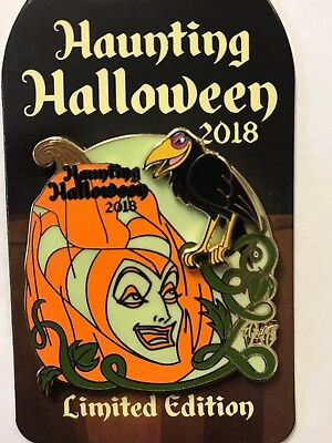 Disneyland WDW Disney Parks 2018 Villains Haunting Halloween MALEFICENT LE Pin ](Disneyland Halloween Villains)