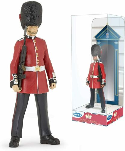 ROYAL GUARD 39807~ NEW FOR 2021 ~ FREE SHIP/USA w/ $25.+ Papo Figurines