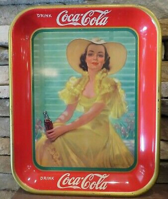 1938 COCA COLA American Art Works OHIO USA soda Lady in Gold Dress NICE bottle