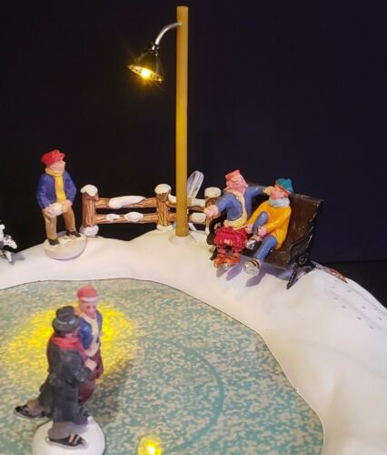Lemax Christmas Holiday Village Town High Meadow Skating Pond 54301 Ice Retired