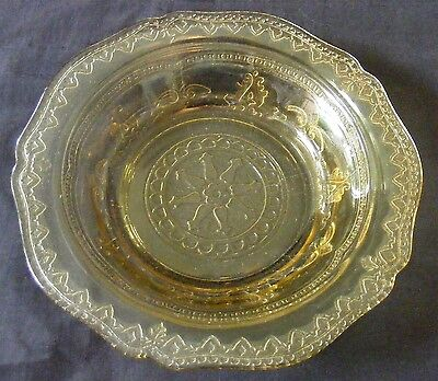 Federal Patrician Amber Berry Bowl