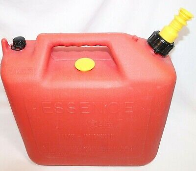 Vintage Wedco 5 Gallon Old Style Vented Red Poly Plastic Gas Can Short Spout