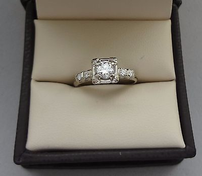 SPARKLING ANTIQUE 14K WHITE GOLD .44 TCW ROUND DIAMOND SOLITAIRE RING W/ ACCENTS