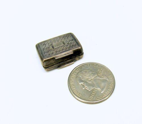 1836 Georgian miniature sterling silver vinaigrette Francis Clark with sponge
