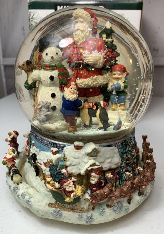 Christmas Musical Snowglobe Revolving Base Kirkland Signature 109619 Handpainted