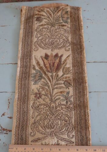 "Antique French 1920s Silk & Metallic Floral Velvet Fabric~L-44"" X W-9"""