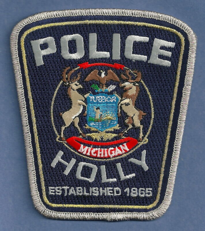 HOLLY MICHIGAN POLICE SHOULDER PATCH
