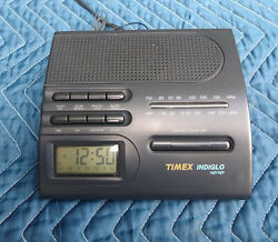 Timex AM/FM Alarm Clock Radio - Model T422B