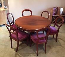 Antique Dining Table & Chairs Meadow Springs Mandurah Area Preview