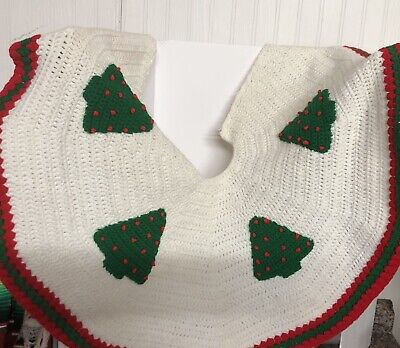 Vintage! CHRISTMAS TREE SKIRT HAND CROCHETED RED, GREEN, WHITE App. 36 ""