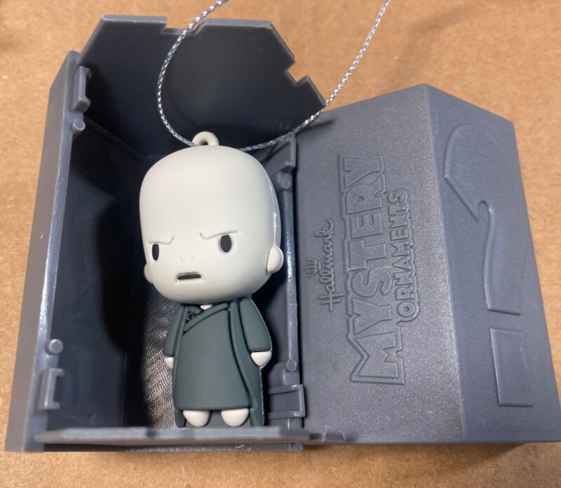 2021 Hallmark Harry Potter Mystery Ornaments Lord Voldemort Series 2