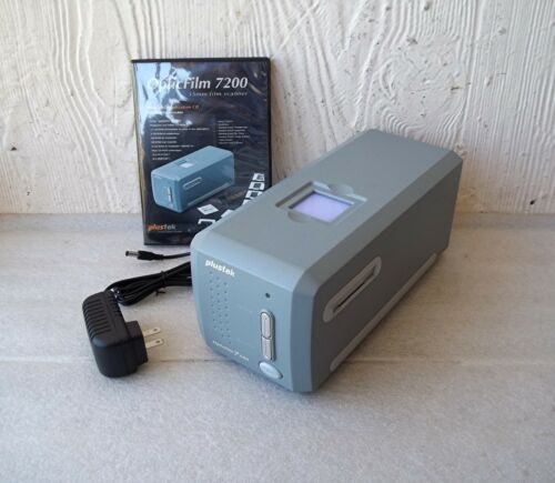 Plustek OpticFilm 7200 Photo Slide Film Scanner w/SilverFast Software ~FREE SHIP