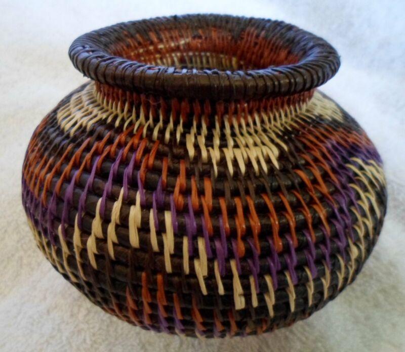 Wounaan Embera Woven Classic Design Basket-Panama 20120815mm